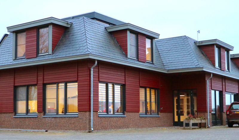 Ook een dakkapel moet passend zijn bij het pand, wij maken de dakkapel in lijn met de uitstraling van het pand.